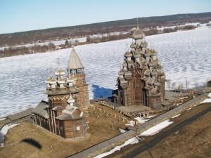 Памяткник архитектуры на о.Кижи онежского озера